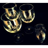 4 x Drink Me Wine Glasses